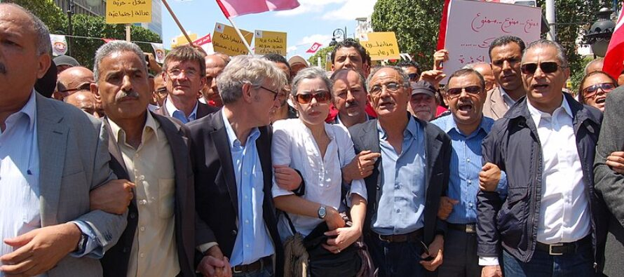 Tunisia. Sciopero di massa contro il tagli ordinati dal Fondo Monetario