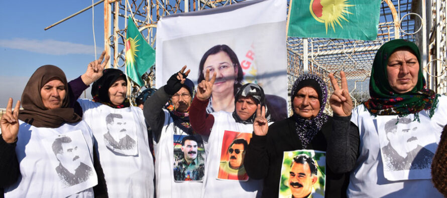 Solidaridad con la diputada kurda Leyla Güven en huelga de hambre en una carcel turca