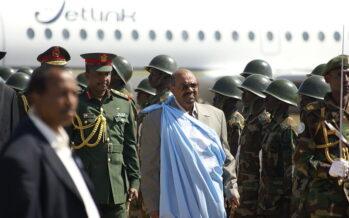 Rivolta sociale in Sudan. Mancano pane e benzina, decine i morti negli scontri