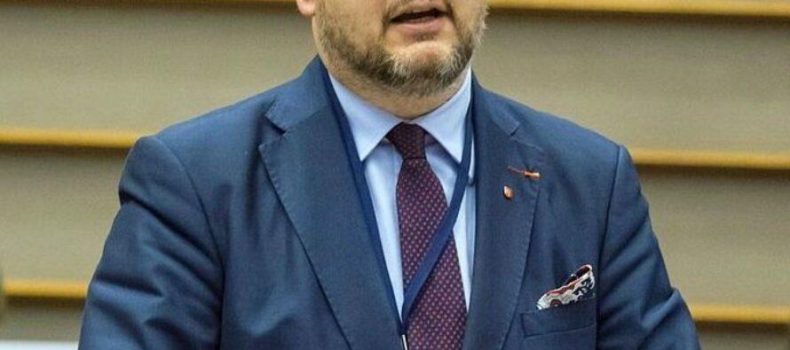 Polonia. Ucciso il sindaco di Danzica, da tempo bersaglio dell'estrema destra