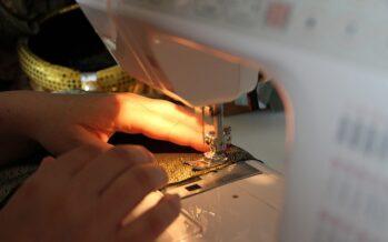 Bangladesh, rivolta dei lavoratori del tessile: grandi marchi e piccoli salari