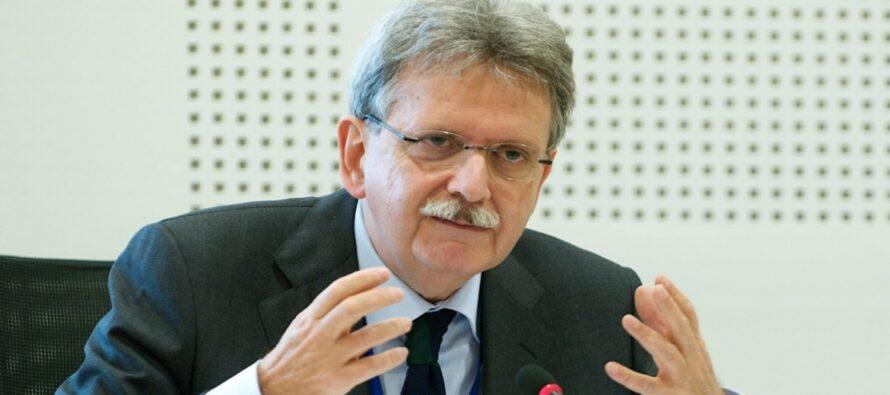 Il Garante Mauro Palma: «Il ministro ha violato norme precise. E forse non solo nazionali»
