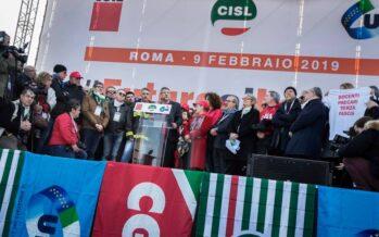 Cgil, Cisl e Uil dal palco di Roma: «Seminiamo unità, cambiamo in meglio il paese»