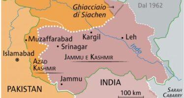 Conflitto indo-pachistano. Due aerei abbattuti, si infiamma lo scontro tra propagande