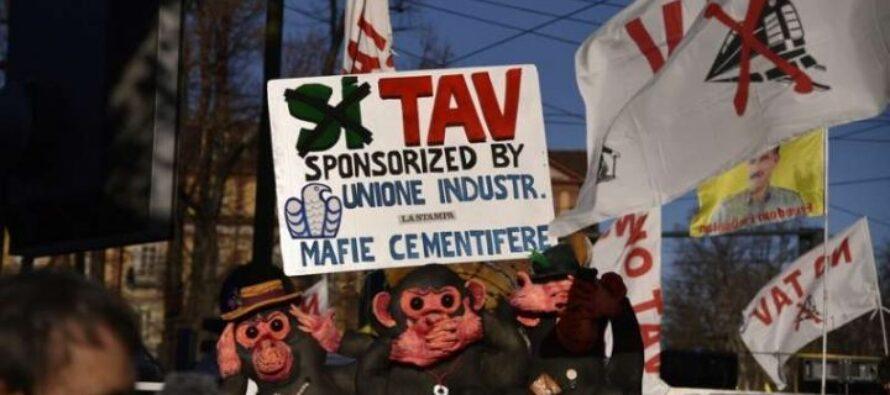 La partenza del neo segretario Zingaretti: «La Tav è un simbolo»