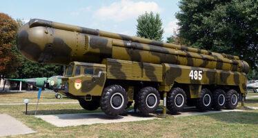 Gli Stati Uniti affossano il trattato sulle armi atomiche con la complicità dell'Europa