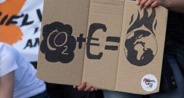 Il clima è cambiato: i giovani in marcia, cresce la protesta ovunque