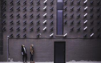 Da dipendenti pubblici a nemici pubblici da video-sorvegliare