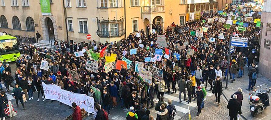 Appello di 12.000 scienziati: «Stiamo con gli attivisti del clima, senza se e senza ma»