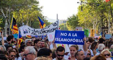 Dopo la strage, le comunità islamiche in allarme: «In aumento i crimini di odio»