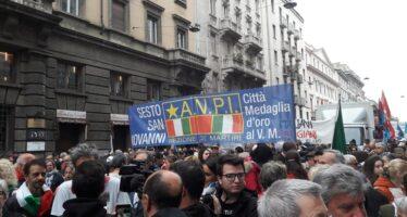 In 70mila al lungo 25 aprile di Milano