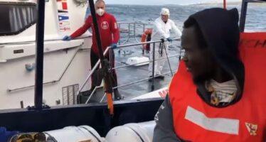 Mediterraneo.Accordo per la nave di Sea Eye, sbarcano tutti i migranti