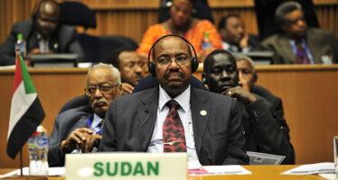 Sudan, la piazza non smobilita contro il golpe dell'esercito