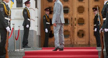 Presidenziali in Ucraina, il comico Zelensky vince grazie agli under 30