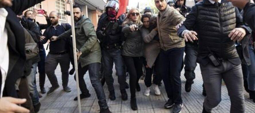 Roma. Impresa fascista contro mamma e bambini rom a Casal Bruciato