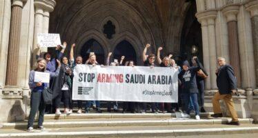 Storica sentenza: «Armi ai sauditi, Londra viola la legge»