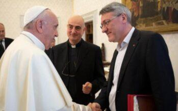 Il Papa incontra il segretario CGIL Landini: un segnale contro razzismo e sfruttamento