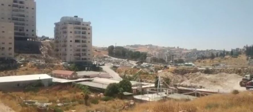 Palestinesi senza tetto né legge, Israele demolisce le loro case