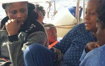 Mediterranea. Tra Italia e Malta i migranti «merce di scambio»