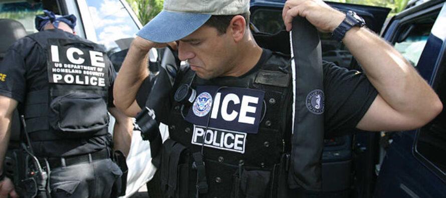 Stati Uniti. Scatta la caccia al migrante voluta da Trump con l'Operazione Ice