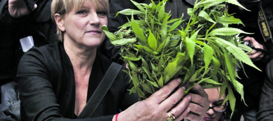 Marijuana sul terrazzo, Rita Bernardini denunciata e rilasciata