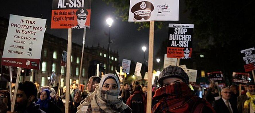 In un Egitto blindato si manifesta lo stesso contro al-Sisi