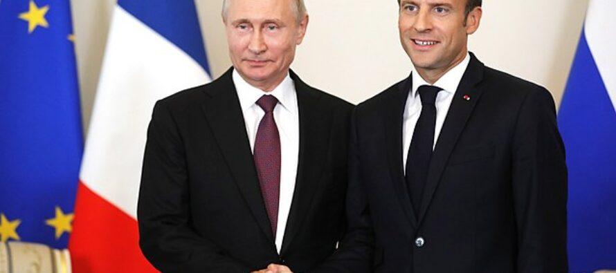 Macron incontra Putin prima del G7 e si propone come «mediatore»