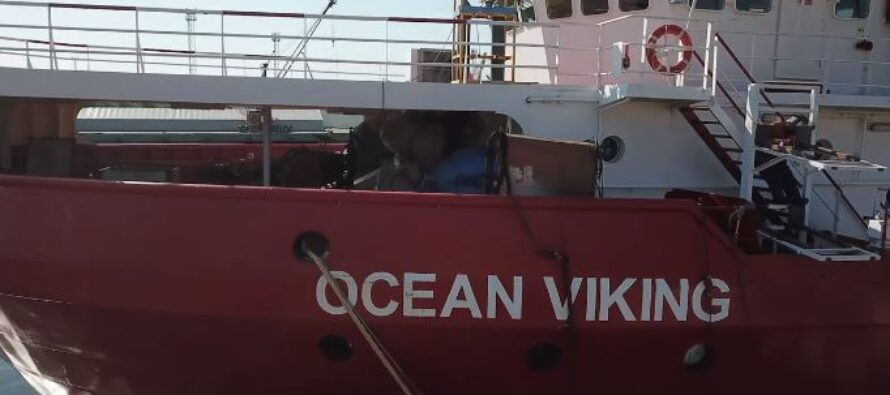 Viking. I migranti sbarcano a Lampedusa grazie ai primi accordi UE