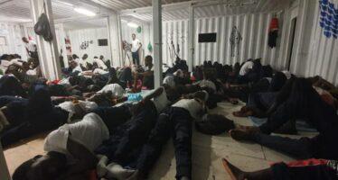 La nave Ocean Viking salva 109 migranti