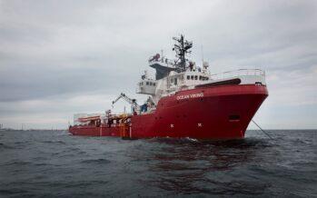 Migtranti. Cresce l'emergenza sulla nave OceanViking: «Dobbiamo sbarcare subito»