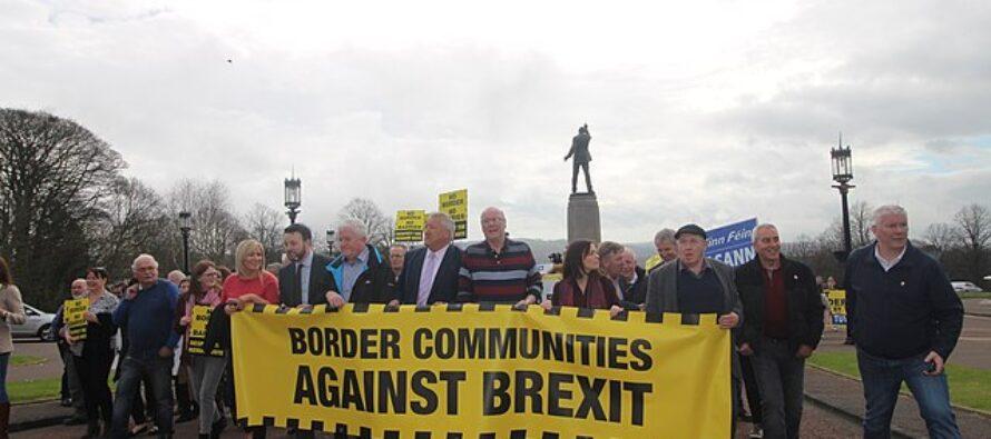 Il parlamento europeo dà il via libera alla Brexit