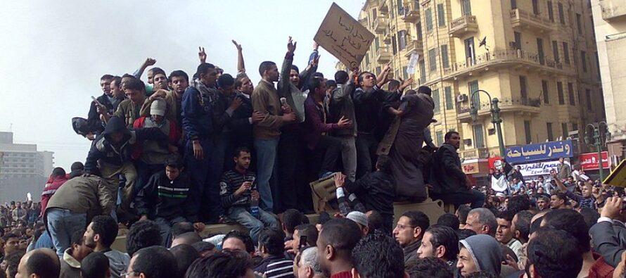 Egitto. Piazza Tahrir si è risvegliata e si ribella, al-Sisi trema