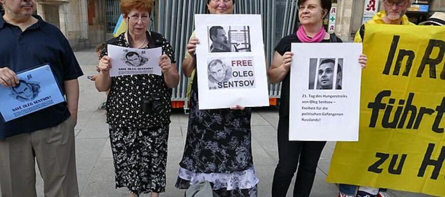 Distensione. Russia e Ucraina si scambiano i prigionieri