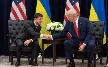 La telefonata incriminata tra Trump e Zelensky: favori, promesse, acquisti di armi