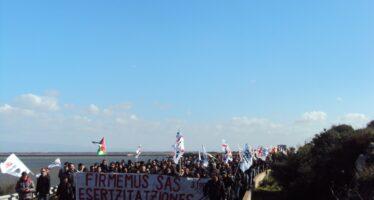 Movimenti. In Sardegna cinque antimilitaristi accusati di terrorismo