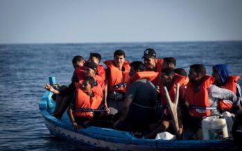 Navi al largo: Alan Kurdi salva 13 migranti, Eleonore ancora senza approdo