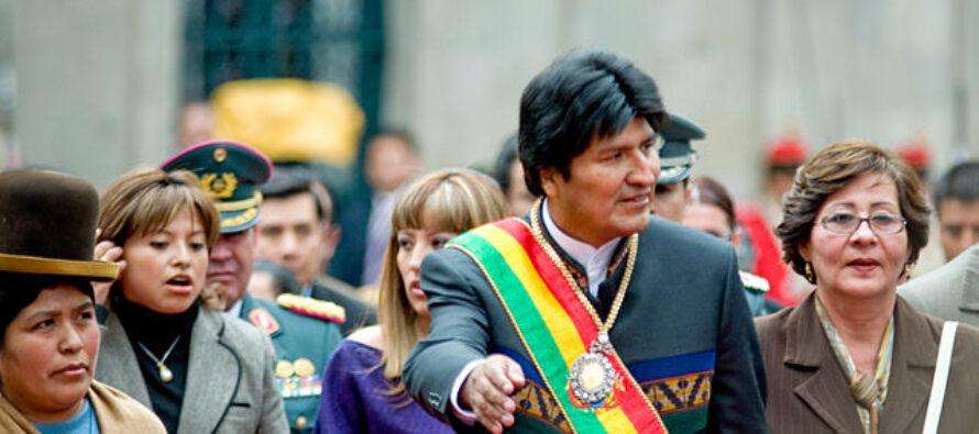 Bolivia. Destra ed esercito costringono al ritiro Evo Morales, «presidente indio»