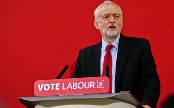 Regno Unito al voto in dicembre, Corbyn dice sì