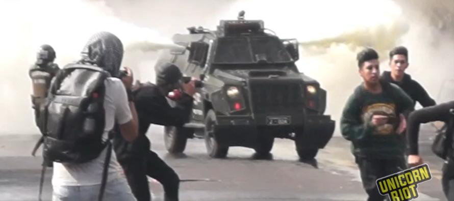 Cile. Le opposizioni votano con Piñera per legge anti-proteste