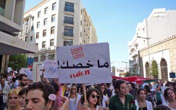 Libano. Il premier Hariri annuncia le dimissioni, ma la piazza non smobilita