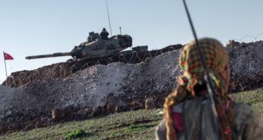 Rojava. I turchi sparano anche sulla Mezzaluna rossa curda