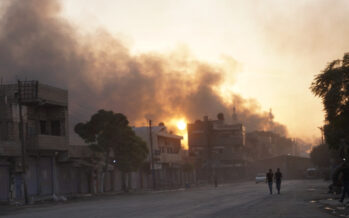 Anche Damasco entra a Rojava, gli Usa non si ritirano più. 200 mila gli sfollati