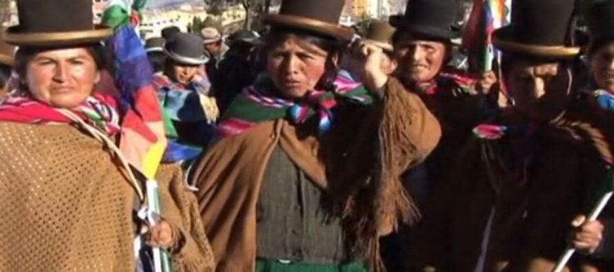 Bolivia l'esercito spara e uccide 5 cocaleros: «Añez, assassina»