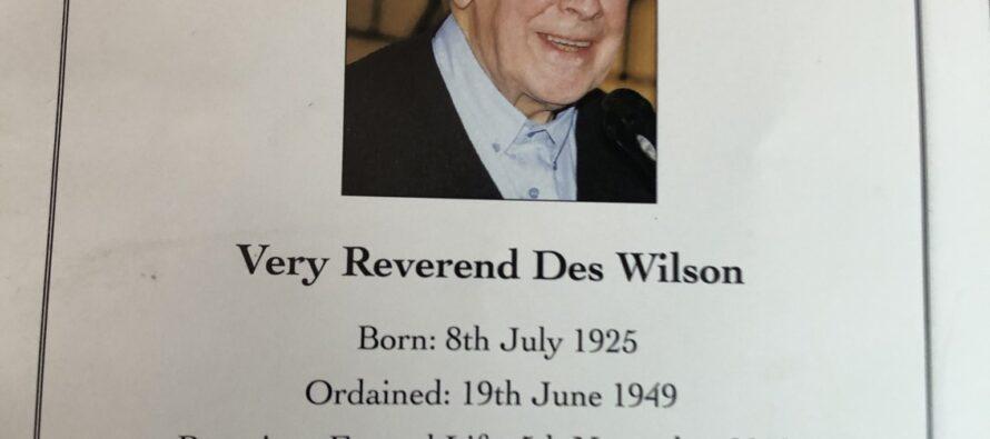 Muore Padre Des a Belfast, il prete del popolo