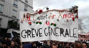 La Francia protesta, non solo per le pensioni: 238 manifestazioni nella terza giornata