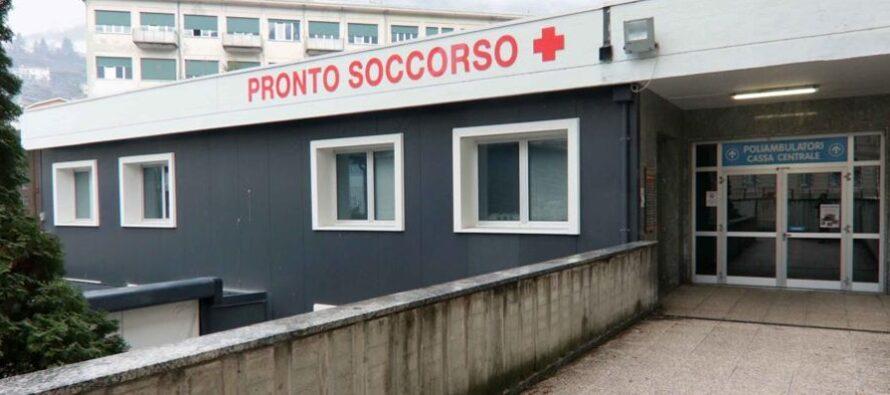 Ospedali: reparti al collasso, il Covid espelle gli altri malati