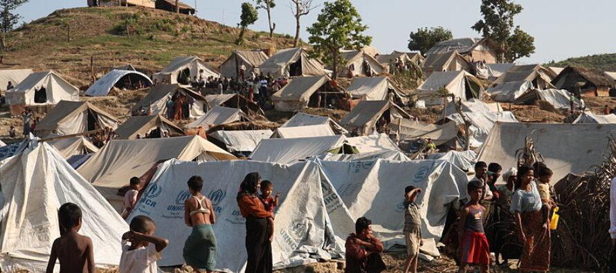 Repressione in Myanmar: uccisa anche una bimba, incendio nel campo Rohingya