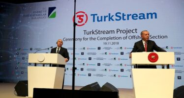 Parte il Turkish Stream, Putin vola da Erdogan per l'inaugurazione