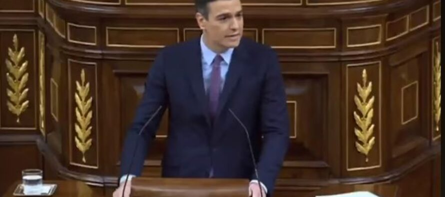 Spagna, con margine esiguo ma il governo Sánchez ora c'è