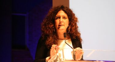 Basta austerity e sbornie mercatiste. Intervista a Gianna Fracassi